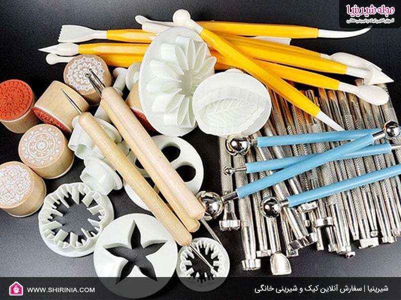ابزارهای لازم برای تهیه شیرینی تر یا تزئین فوندانت
