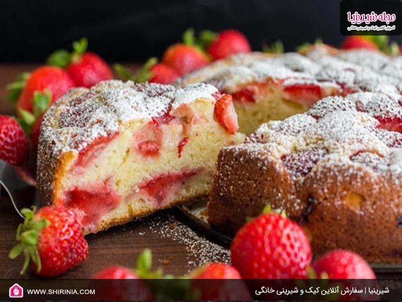 طرز تهیه کیک توت فرنگی